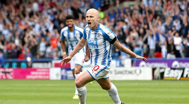 Aaron Mooy inspires Huddersfield to victory over Newcastle