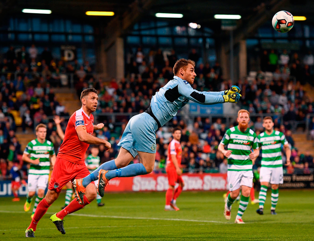 Tomer Chencinski punches the ball clear at Tallaght Stadium Photo: Sportsfile