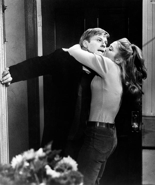 American actress Jane Fonda kissing the American actor Robert Redford in Barefoot in the Park. 1967 (Photo by Mondadori Portfolio via Getty Images)