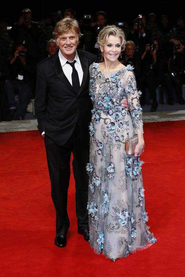 VENICE, ITALY - SEPTEMBER 01: Jane Fonda and Robert Redford walk the red carpet ahead of the 'Our Souls At Night' screening during the 74th Venice Film Festival at Sala Grande on September 1, 2017 in Venice, Italy. (Photo by Ernesto Ruscio/Getty Images)