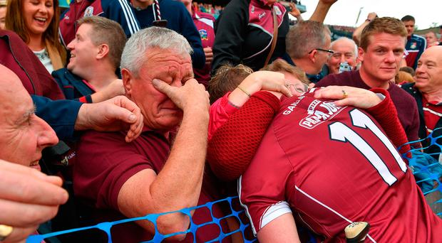 3 September 2017; Galway's Joe Canning celebrates with his parents, mother Josephine and an emotional Sean following the GAA Hurling All-Ireland Senior Championship Final match between Galway and Waterford at Croke Park in Dublin. Photo by Ramsey Cardy/Sportsfile