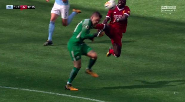 Liverpool boss Klopp slams referee for Mane decision
