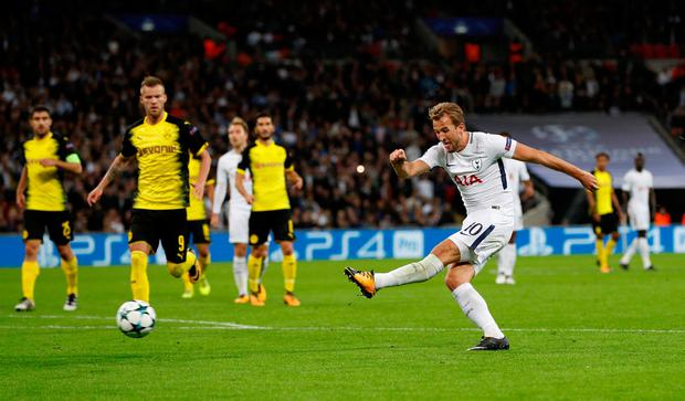Harry Kane fires Tottenham into a 3-1 lead. Photo: REUTERS