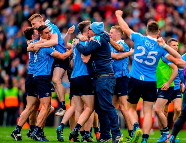 Dublin players celebrate following the GAA Football All-Ireland Senior Championship Final match between Dublin and Mayo at Croke Park in Dublin. Photo by Sam Barnes/Sportsfile