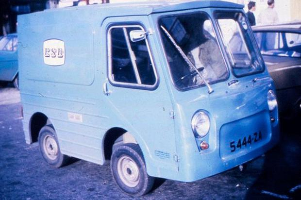 An ESB electric van from the 1970s. Photo: ESB Archive