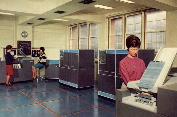 The first computers in the accounts department of ESB in 1965. Photo: ESB Archive