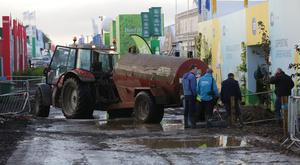 Tankers trey to clear flooding this morning at the 2017 National Ploughing Championships in Screggan, Tullamore, Co Offaly. Pic:Mark Condren 21.9.2017