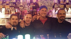 Chad Smith with staff at O'Donoghues pub Merrion Row. PIC: O'Donoghues Pub/Twitter