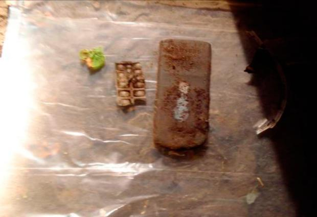 Undated handout photo issued by the PSNI of a mobile phone attached to detonating system. Photo: PSNI/PA Wire