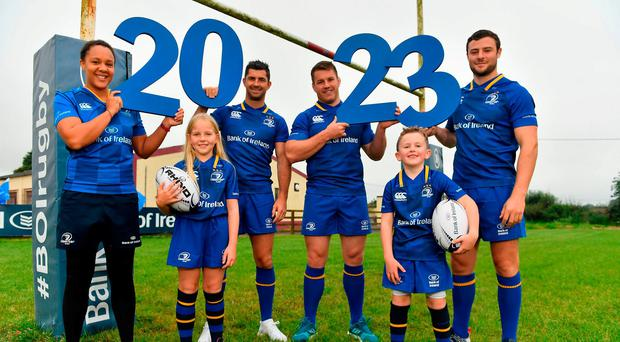 Bank of Ireland and Leinster Rugby have announced an extension to their sponsorship deal until the 2023 season. Pictured at the announcement at Tullow RFC from left; Sophie Spence, Roisin Kinch (9) Tullow, Rob Kearney, Sean O'Brien, Will O'Toole (7) Tullow, and Robbie Henshaw. Photo by Brendan Moran/Sportsfile