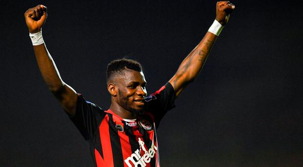 Ismahil Akinade of Bohemians celebrates at the final whistle after the SSE Airtricity League Premier Division match between Bohemians and St Patrick's Athletic at Dalymount Park in Dublin. Photo by Eóin Noonan/Sportsfile