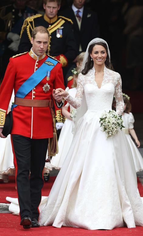 Kate Middleton Had A Second Wedding Dress Which Doesn T Get Nearly