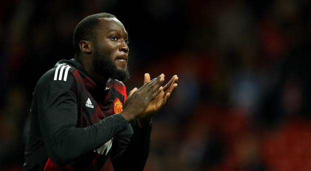 Romelu Lukaku of Manchester United encourages team mates during the warm up prior to the Carabao Cup Third Round match between Manchester United and Burton Albion at Old Trafford on September 20, 2017 in Manchester, England. (Photo by Richard Heathcote/Getty Images)