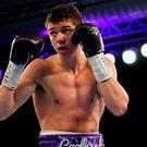 Luke Campbell failed in his bid to win the WBA lightweight title after a tight contest against Jorge Linares in California fell to a split decision.