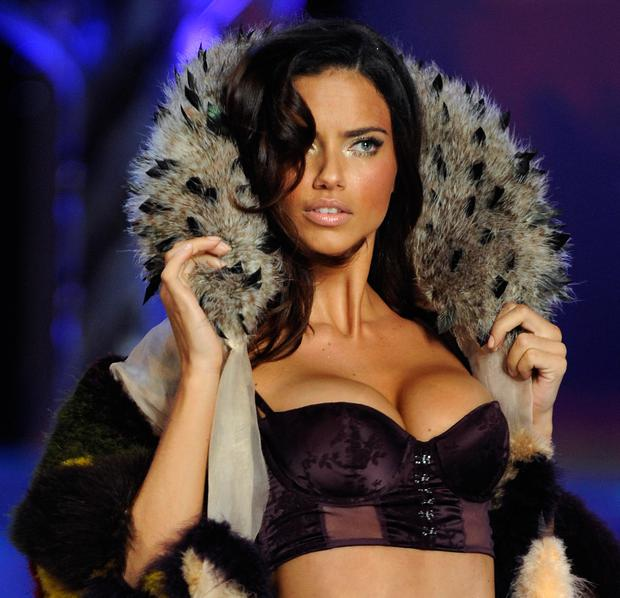 Model Adriana Lima presents a creation during the Victoria's Secret Fashion Show at the Fontainebleau Miami Beach November 15, 2008