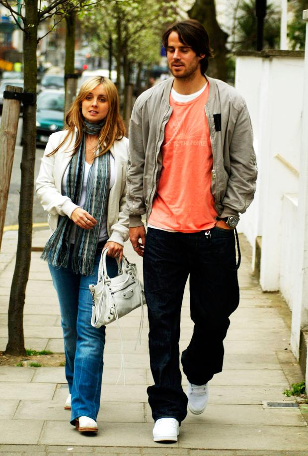 Jamie and Louise Redknapp seen out shopping for baby clothes March 31, 2004 in West London. (Photo by Paul Ashby/Getty Images)