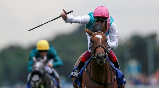 Enable and Frankie Dettori win the Prix de l'Arc de Triomphe