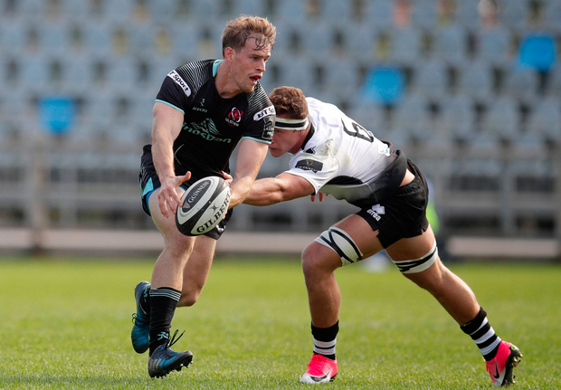 Andrew Trimble of Ulster in action against Giovanni Licata of Zebre. Photo by Roberto Bregani/Sportsfile