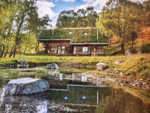 Loxia, one of the incredible log cabins at Eagle Brae