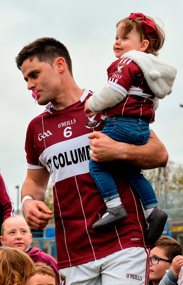 Mulligan with his daughter Holly. Photo by Piaras Ó Mídheach/Sportsfile