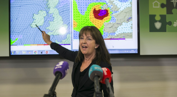Hurricane Ophelia rages towards Ireland: Met Eireann warns it could be as bad as Debbie, which killed 15 and broke weather records