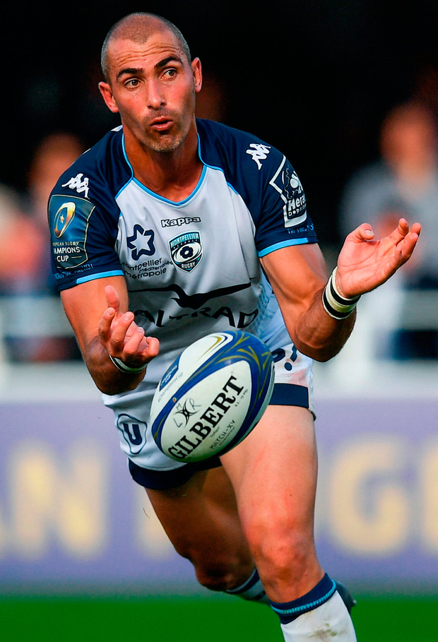 Montpellier's Ruan Pienaar gets the ball away during the match against Leinster. Photo: Stephen McCarthy/Sportsfile