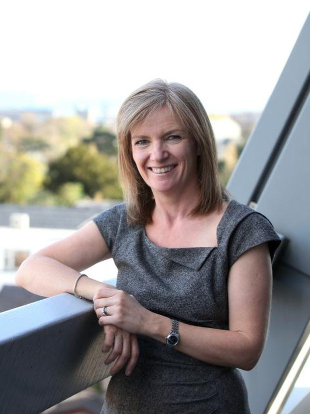 Meet Rte Weather Presenter Joanna Donnelly The Face Of Hurricane Ophelia Independent Ie
