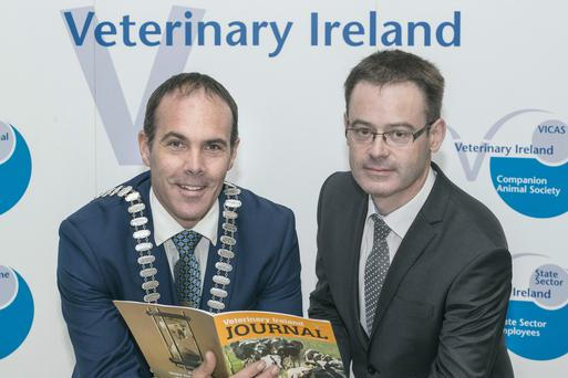 Pictured at the Cattle Association of Veterinary Ireland 2017 Annual Conference in Cork are Cllr Declan Hurley, Mayor of County Cork & Finbarr Murphy, CEO Veterinary Ireland.