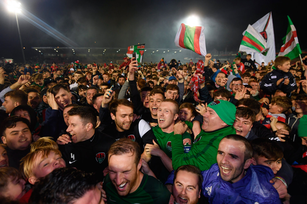 17 October 2017; Cork City players and supporters celebrate winning the SSE Airtricity League Premier Division after the SSE Airtricity League Premier Division match between Cork City and Derry City at Turners Cross in Cork. Photo by Stephen McCarthy/Sportsfile