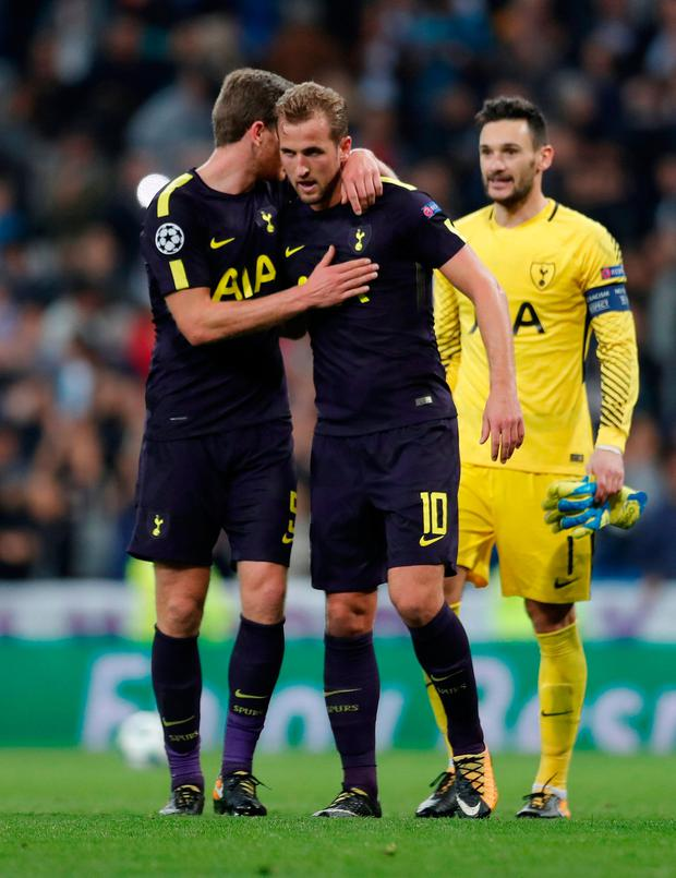 Tottenham's Harry Kane celebrates with Jan Vertonghen and Hugo Lloris after the match. Photo: Reuters