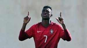 FERREIRAS, PORTUGAL - FEBRUARY 14: Umaro Embalo of Portugal U17 celebrating his goal during the U17 Algarve Cup Tournament Match between Portugal U17 and germany U17 on February 14, 2017 in Ferreiras, Portugal. (Photo by Ricardo Nascimento/Getty Images)