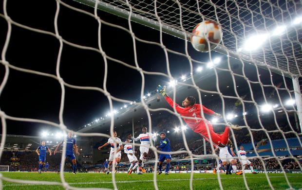 Ashley Williams equalises for Everton. Photo: REUTERS/Andrew Yates