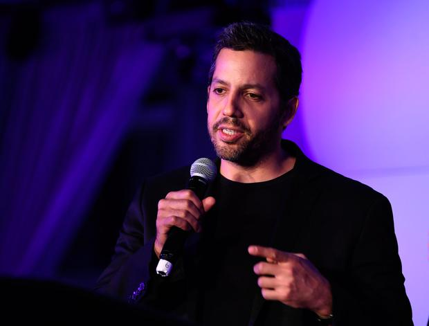Magician David Blaine speaks during Genius Gala 6.0 at Liberty Science Center on May 5, 2017 in Jersey City, New Jersey. (Photo by Dave Kotinsky/Getty Images for Liberty Science Center)