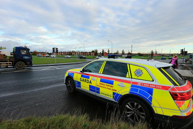 Manhunt for 'armed man' in Tallaght (Photo: Gerry Mooney)