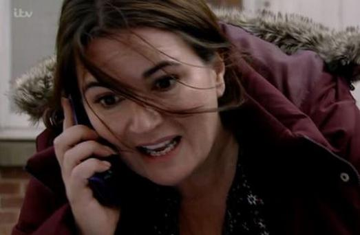 Anna and her 'magic' phone on Corrie