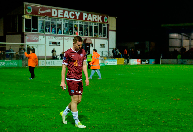 Padraic Cunningham of Galway United leaves the field. Photo by Piaras Ó Mídheach/Sportsfile