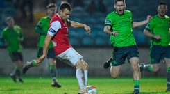 Vinny Faherty of Sligo Rovers in action against Kevin Farragher of Drogheda United. Photo by Matt Browne/Sportsfile