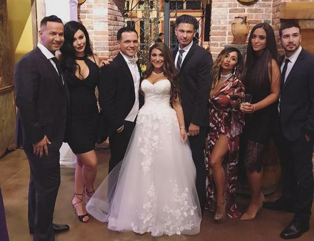 Deena on her wedding day. PIC: Vinny Gaudagnino/Twitter
