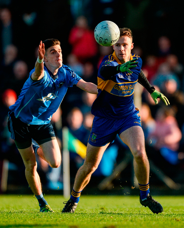 Barry Dardis of Summerhill in action against Brian McGrath of Simonstown Gaels Photo by Piaras Ó Mídheach/Sportsfile