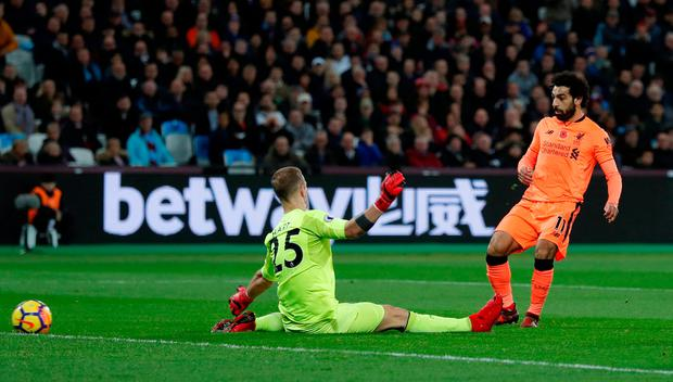 Soccer Football - Premier League - West Ham United vs Liverpool - London Stadium, London, Britain - November 4, 2017 Liverpool's Mohamed Salah scores their first goal Action Images via Reuters/Andrew Couldridge