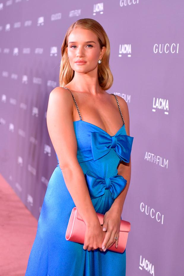 Rosie Huntington-Whiteley attends the 2017 LACMA Art + Film Gala Honoring Mark Bradford and George Lucas presented by Gucci at LACMA on November 4, 2017 in Los Angeles, California. (Photo by Neilson Barnard/Getty Images for LACMA)