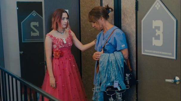 Saoirse Ronan and Laurie Metcalf in Ladybird