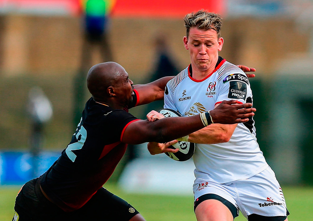 Craig Gilroy of Ulster is tackled by Luzuko Vulindlu of Southern Kings. Photo by Richard Huggard/Sportsfile