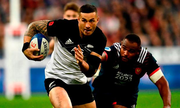 New Zealand's centre Sonny Bill Williams runs with the ball during the friendly rugby union international Test match between France and New Zealand All Blacks at The Stade de France