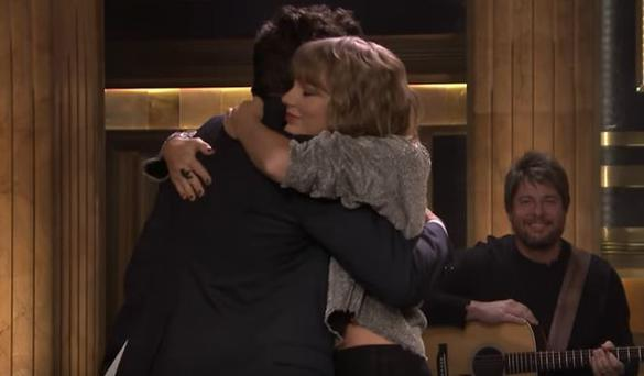 The sweet story behind Taylor Swift's 'surprise' tribute to Jimmy Fallon's mother
