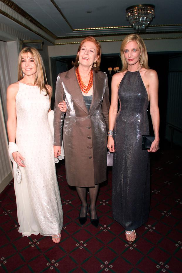 Vanessa Redgrave & her daughters, Natasha Richardson & Joely Richardson at the 10th Anniversary benefit for the Christopher Reeve Paralysis Association which recently merged with the Christopher Reeve Foundation in New York City on November 14, 2000 (Photo: Nick Elgar/Getty Images)