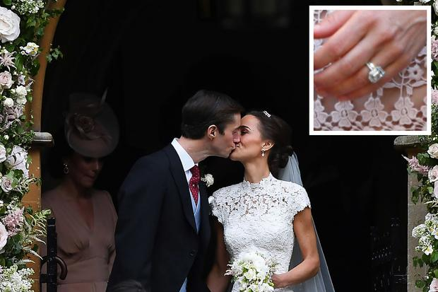 pippa-middleton-engagement-ring-THEVOW.jpg