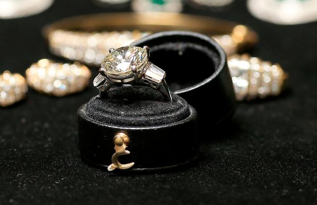 An 8.2ct diamond ring valued at up to €150,000 from Maureen O'Hara's collection Photo: Gerry Mooney