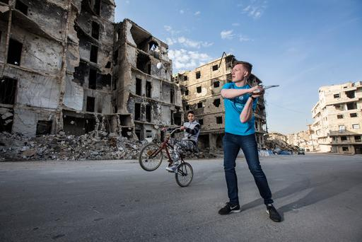 Hurling star and Unicef Ireland goodwill ambassador Joe Canning in the largely-destroyed Maysaloun area of east Aleppo. Pic:Mark Condren 26.11.2017.