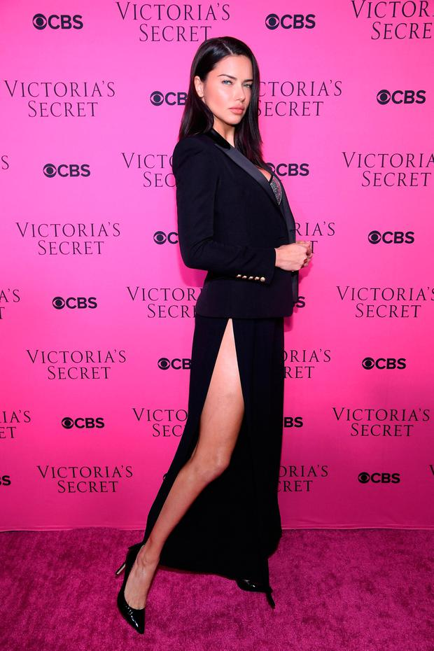 This is what the Victoria\'s Secret Angels wear when they want to ...